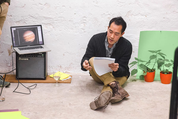 Benjamin Tong's Performance at Torstraße 111. Photo: C. Zielinski