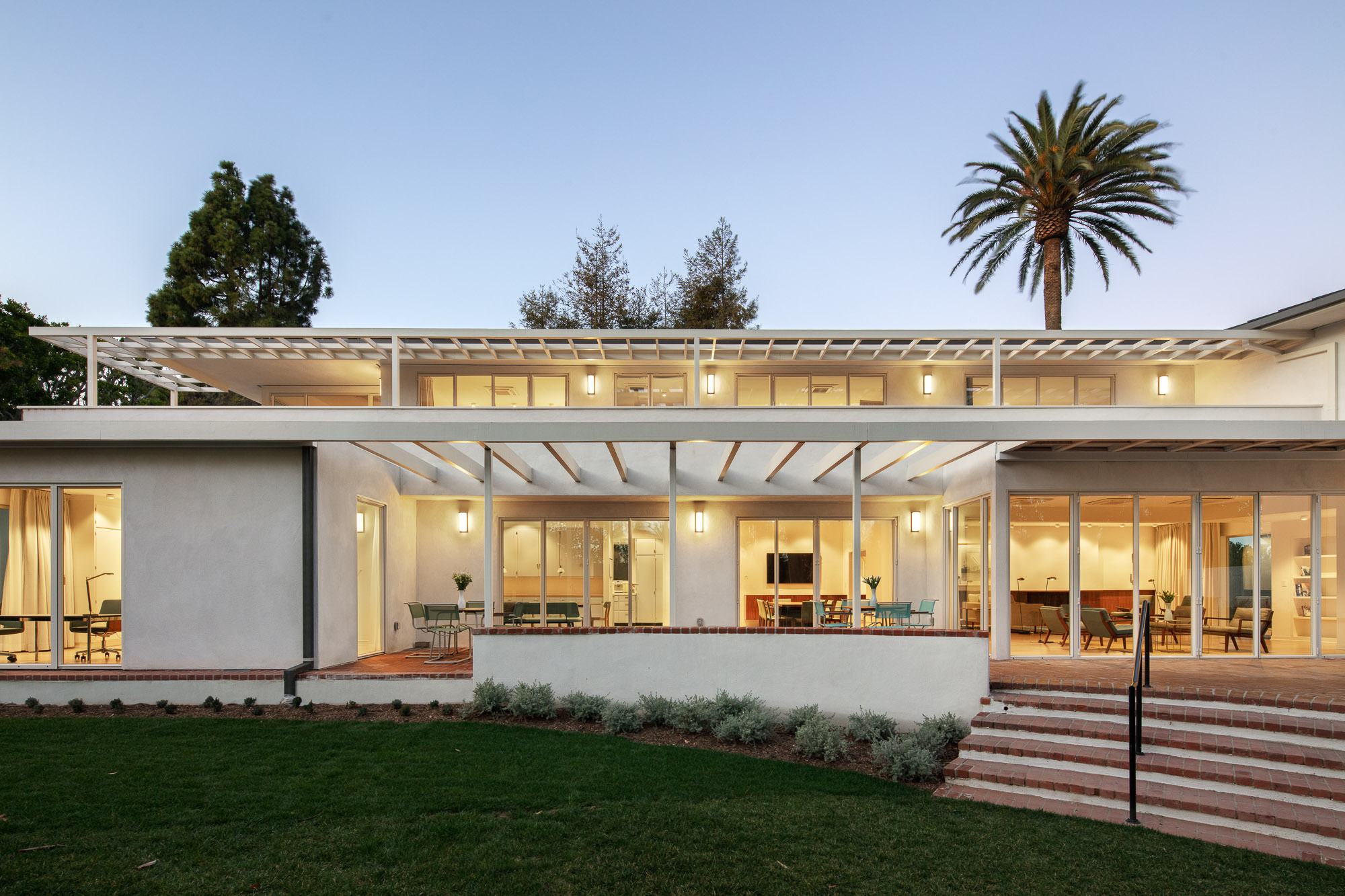 "Modern Architecture Los Angeles lecture and panel discussion: ""j. r. davidson – a california"